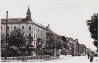 Reinickendorf-Ost, Residenzstraße, Richtung Schäfersee, links: Emmentaler Straße, Postkarte um 1935 © Archiv Museum Reinickendorf